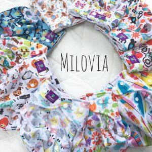 Milovia haben viele wunderschöne bunte Muster. Capri hat auch ein paar schöne gemusterte Überhosen. Die Designs gefallen mir nur mittelmäßig, aber die einfarbigen Capris finde ich richtig schön.